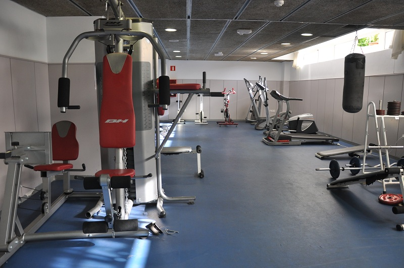 Fantastic private room in residence with bathroom campus for Gimnasio fuenlabrada